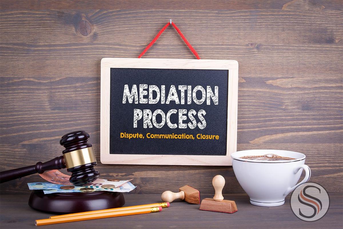 Divorce Mediation text on small chalkboard